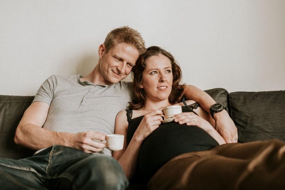 Foto 02 - Lucy Grossmann - Domáce tehotenské fotky Zuzky aVlada